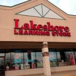 Lakeshore Learning hosts FREE crafts for kids
